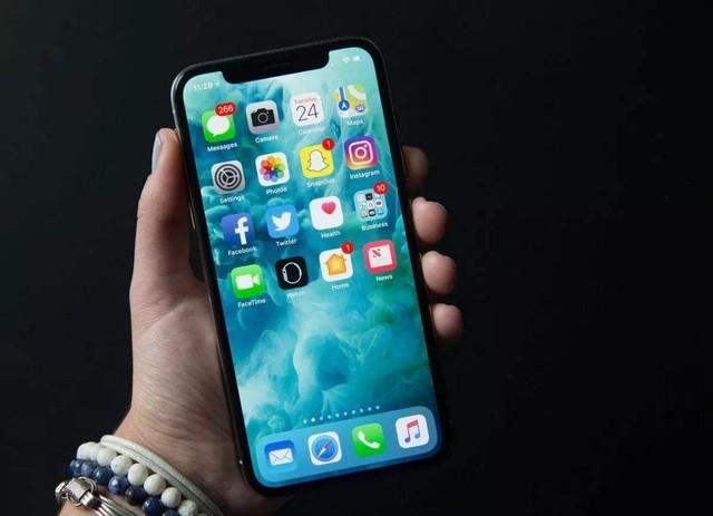 想摆脱OLED控制 曝苹果研发microLED屏幕