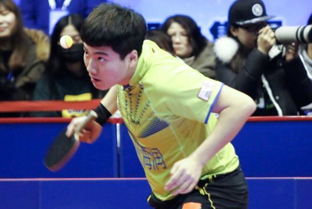 国乒天才在乒超力压马龙 却在国际赛场上一输再输