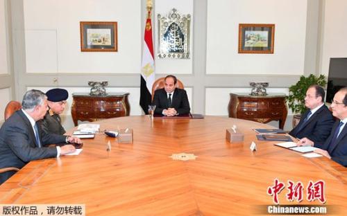 埃及总统紧急召开会议应对恐袭。