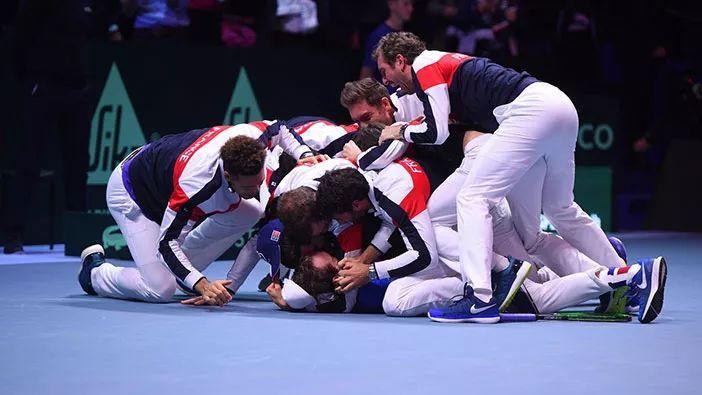 法国队第十次捧起戴维斯杯  张之臻封王中国大奖赛