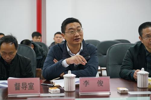 调研民族教育和边远地区义务教育 民进重庆市委赴彭水开展爱心助学捐
