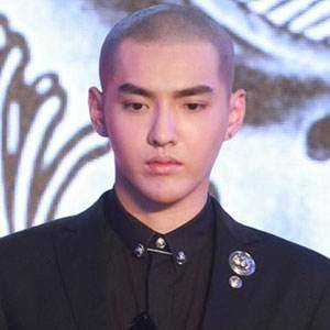 敢剃光头的男明星才是真自信,你觉得哪个明星光头更帅?