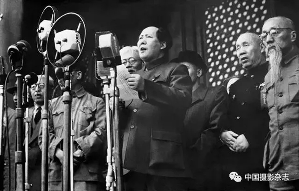 著名女摄影家侯波逝世 留下开国大典等经典瞬间