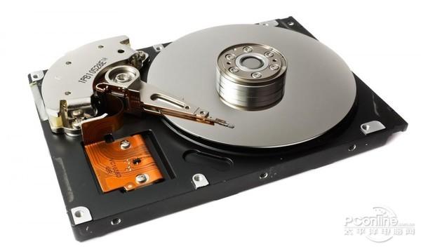 内部结构主要由磁头,碟片,马达以及主控芯片,缓存,接口等组成的,原理