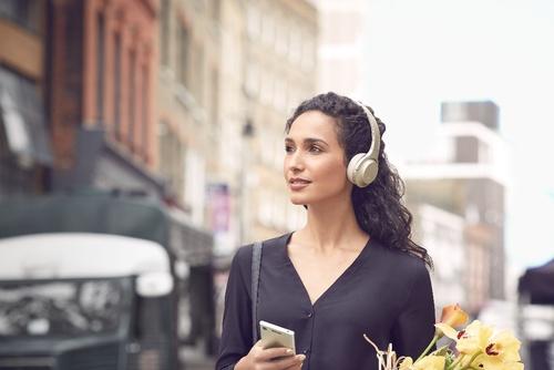 2017不可错过的诚意之作 索尼耳机WH-H800 让音乐更自由