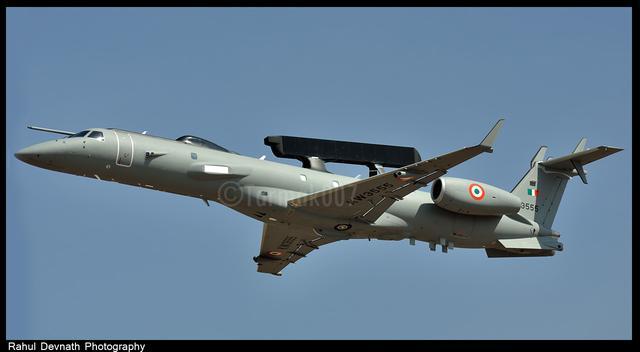 响雷摘  :   亚洲一国, 预警机和伊尔-78MKI加油机进行空中加油 - 响雷 - 响雷