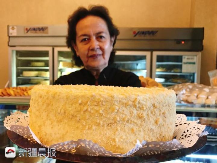 6层奶油6层饼的塔塔尔蛋糕!乌市巷旁藏着一家19年糕点老店