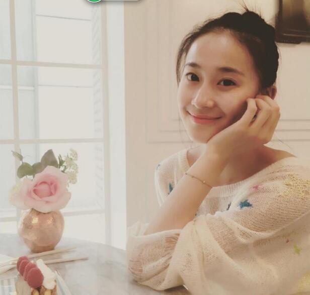 体坛最美女神21岁已退役,长相甜美还很俏皮,网友:女神实在太美