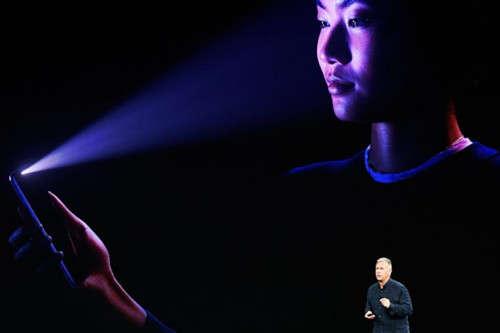 苹果软件工程高级副总裁:面部识别短期内不支持多用户