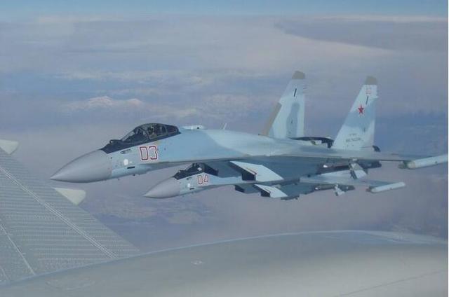 正值歼-20批量生产之际,为何还要接收第三批苏-35?真实用途曝光