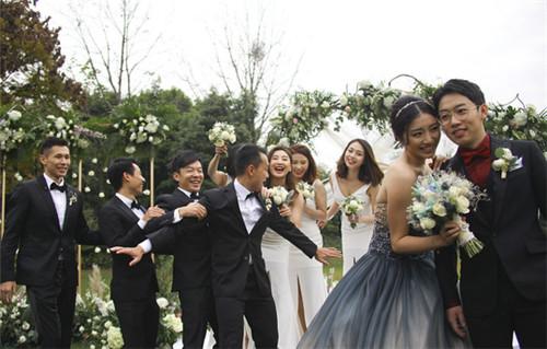体操王子邹凯结婚,白发苍苍的李宁都来了