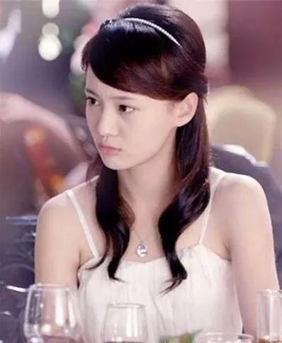 杨幂宋茜欧阳娜娜组团戴发箍,谁才是仙女本仙?
