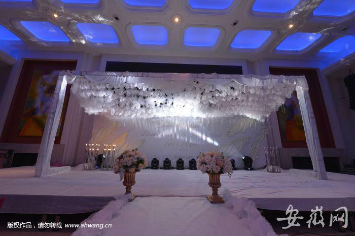 婚礼礼堂看像灵堂