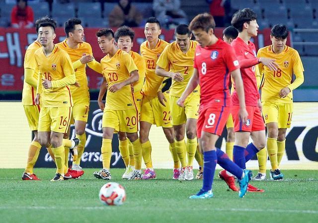 国足放弃恒大帮就里皮敢这样 亚洲杯需依靠他们进4强