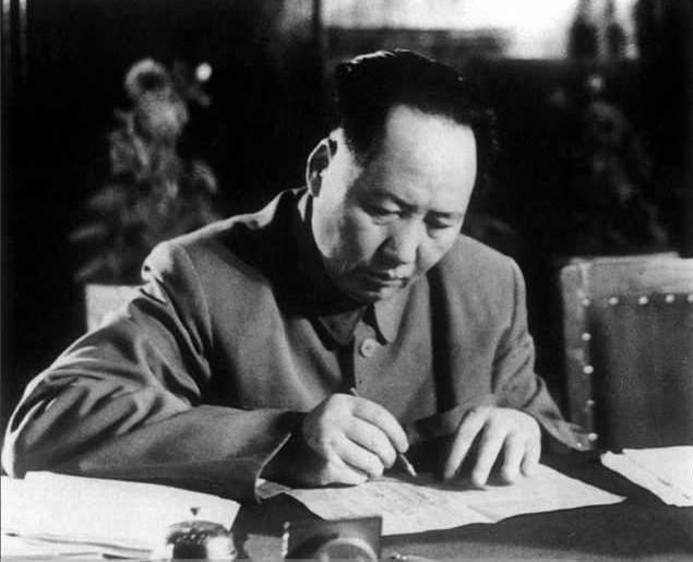 毛泽东晚年邀蒋介石回老家看看 蒋回了哪4个字