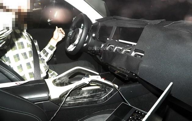 新款奔驰GLE更换大灯组 新面貌更加前卫