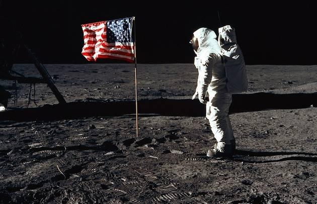 返月球,接着去火星 美国公布新太空探索计划