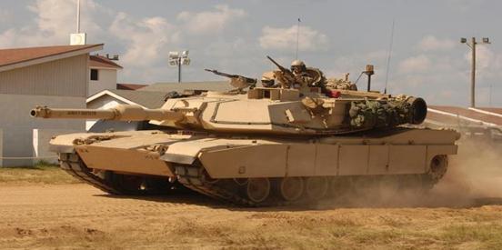 中俄坦克性能大幅落后于西方坦克?防水布都还裸露在外面!