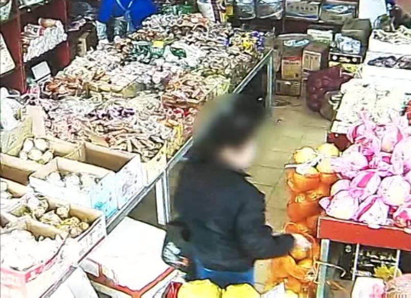 七旬老太超市偷东西被抓:作案13次,称都因一个梦