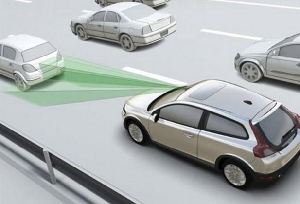 """轻松新""""姿势"""",不到15万,这两款SUV居然能帮你踩刹车!"""