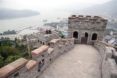 """重庆""""最短长城""""流传网络 在上面可看高峡平湖"""