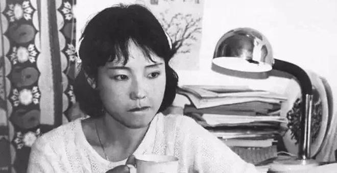 严歌苓1958年出生于上海图片