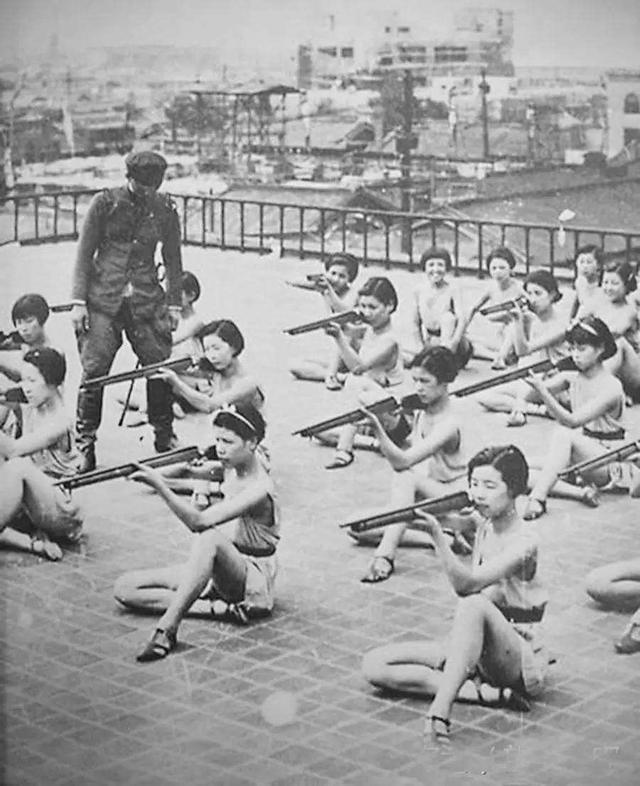二战结束后,日本以神奇的速度恢复了人口,这手段为人所不齿