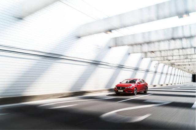 百公里加速6秒 完虐本田思域 这款中国神车半月订单超6千