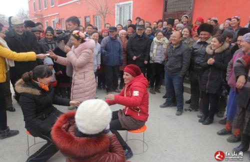 疆师范大学举办民族团结 结亲周 联谊活动