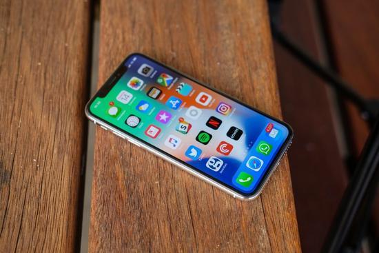 苹果遭罕见评级下调 分析师称iPhoneX利好已兑现