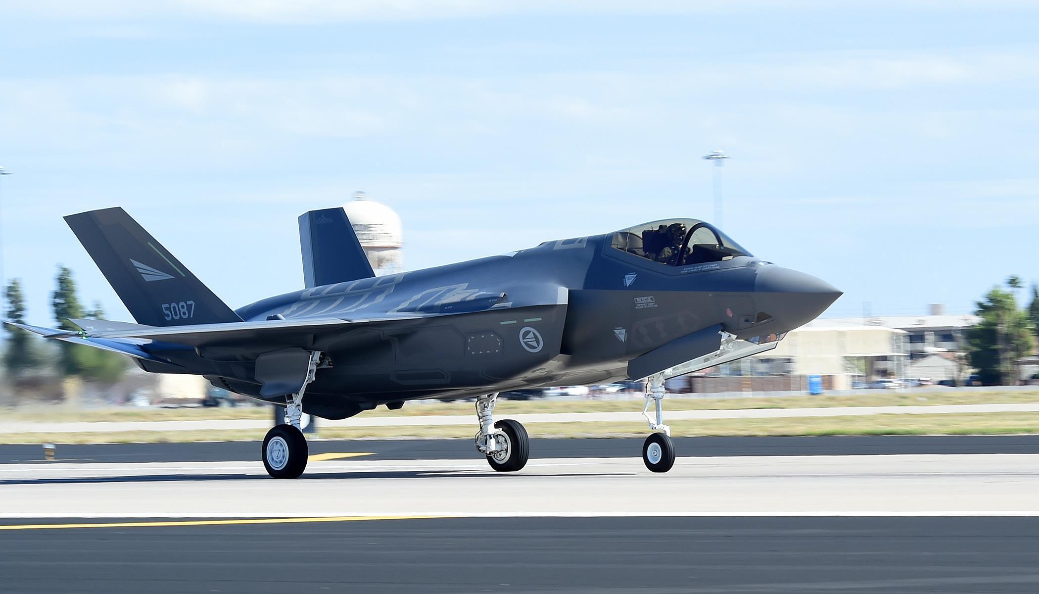 美国这盟友着实冤 让俄军看一眼F35就成了猪队友