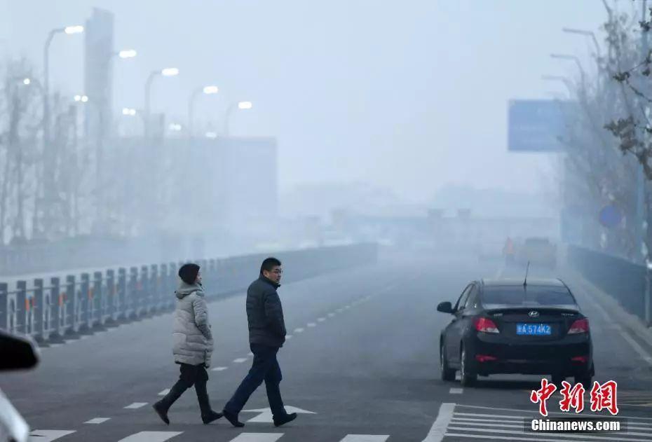 PM2.5堵死肺泡、唾液测天赋 今年10大谣言你信几条?