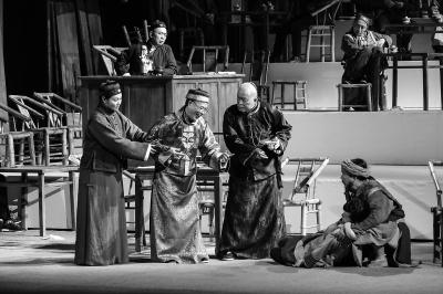 四川话版《茶馆》:打开经典的另一种方式