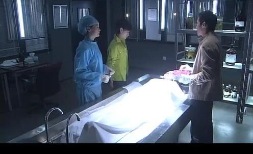 法医解剖女尸,死亡原因居然是这样的