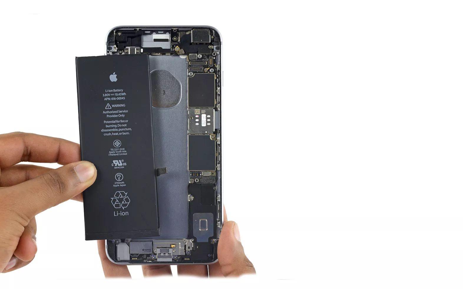 苹果 电池门 持续发酵,iPhone 电池到底该怎么换 内附攻略