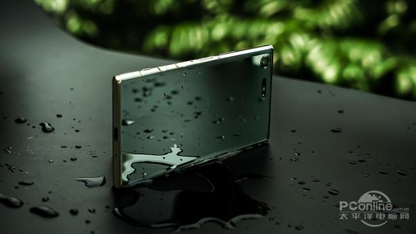 索尼XPERIA XZ Premium