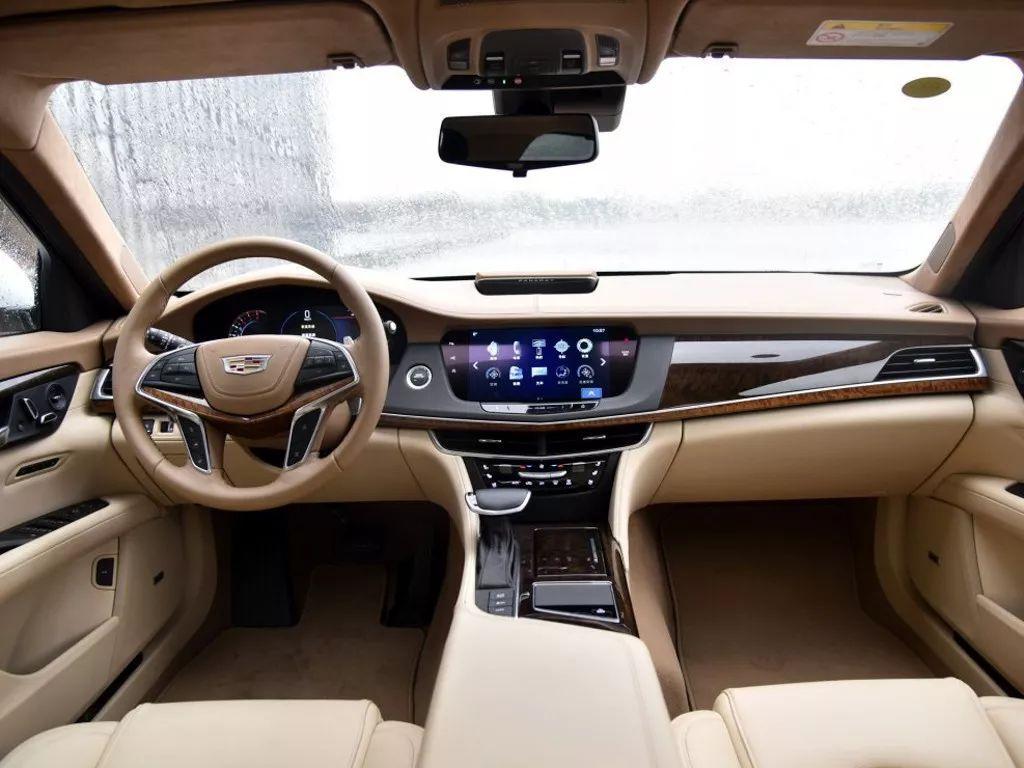 E级、5系以及A6等这些中大型豪华轿车,2017年卖的