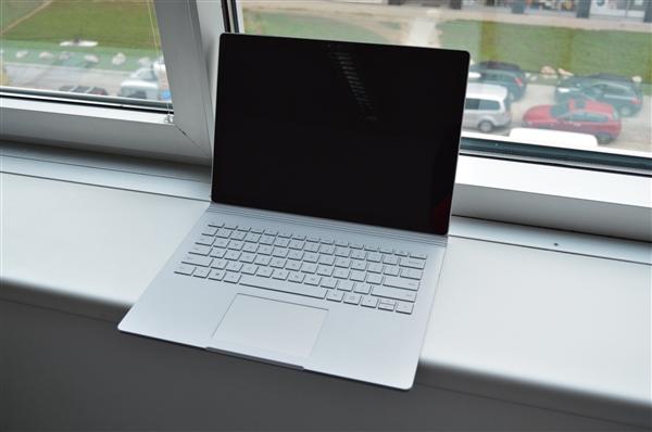 微软Surface Pro LTE版上架:7500元起