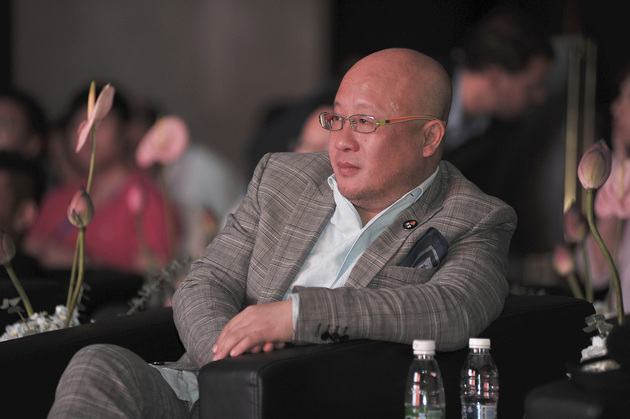 钱宝网张小雷自首:57家企业股东 平台交易额超500亿