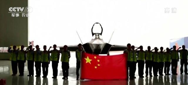 歼-31最新画面超科幻价格优势与隐身性能极具