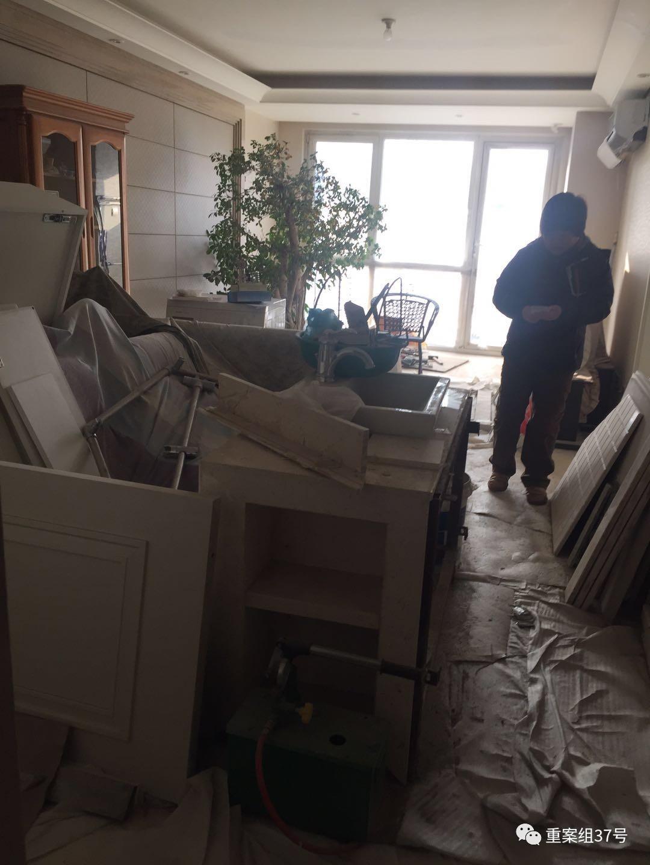 墙面裂缝、纱窗破损……业主说5年验房60余次仍住不了