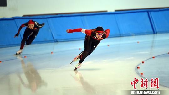 图为参赛运动员正在比赛中。 黑龙江省体育局提供