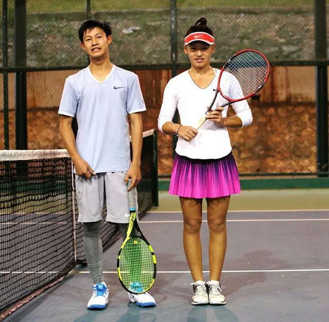 14岁少女战胜同龄男选手惊世崛起,中国网球终迎来超级天才