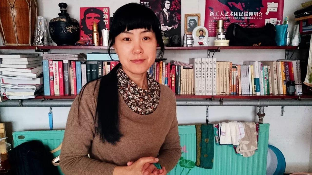 """住城中村的前外交官太太:中国工厂里的""""神秘女工"""""""