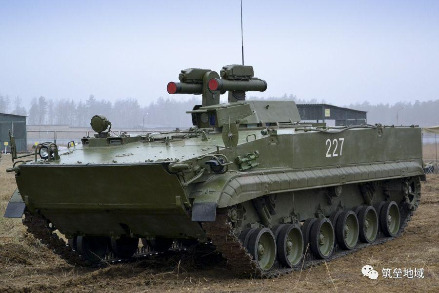 坦克--俄罗斯用什么导弹打穿了美军M1A2坦克的前装甲?
