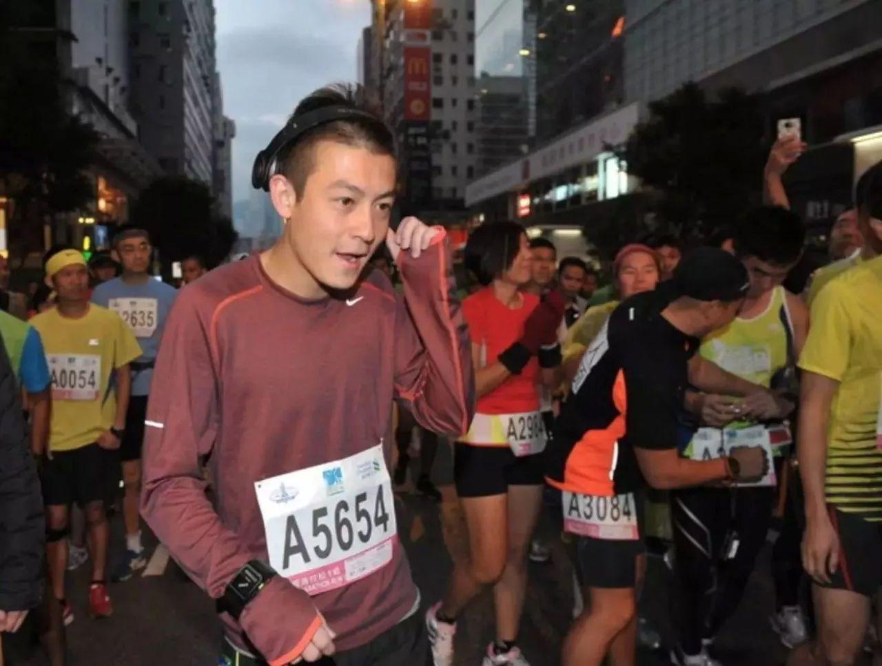 陈冠希:5点起10点睡每天跑步1小时,让我度过人生冬季