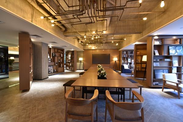 创意园店会议室图片