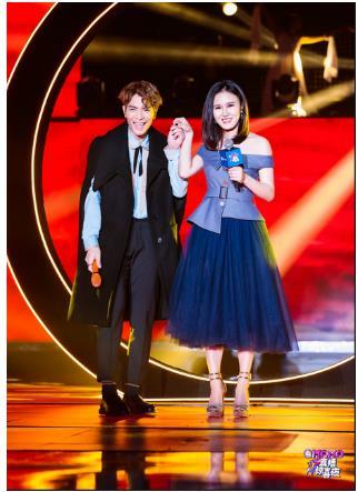 萧敬腾降临上海,只为和女徒弟王呈章合唱一首韩剧主题曲