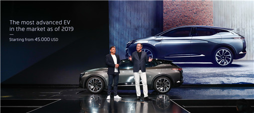 3- BYTON拜腾首款量产车未来起步售价约30万元人民币(4.5万美元)_副本1.jpg