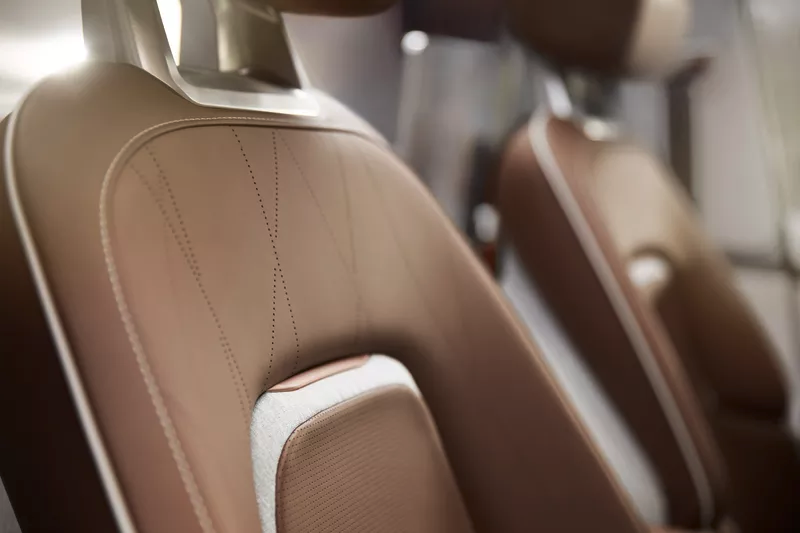 国产电动车新秀,拜腾概念车Byton Concept正式亮相